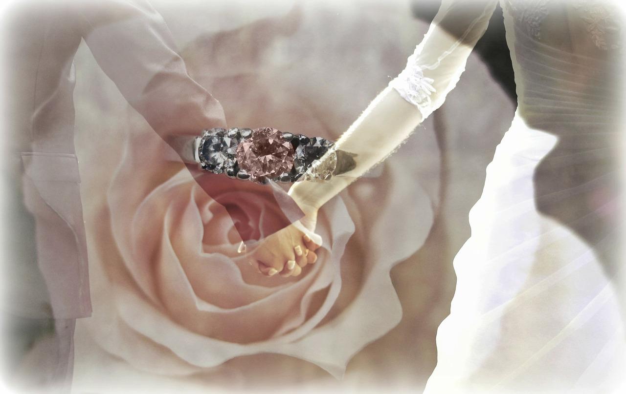 טבעת לרקע חתן וכלה