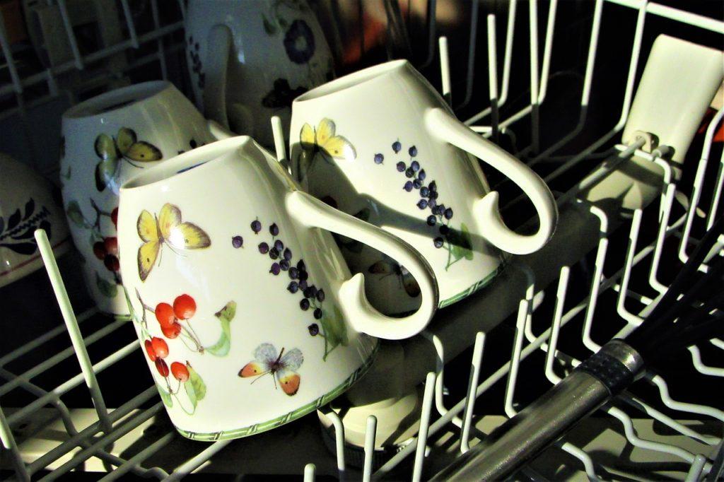 כוסות מלוכלכות