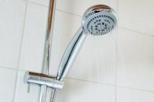 מקלחון ראשית
