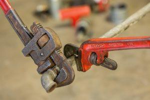 מפתח שבדי על צינור